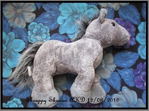 15-martins-horse-scarf